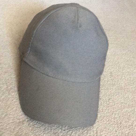 Lululemon cap grey one size